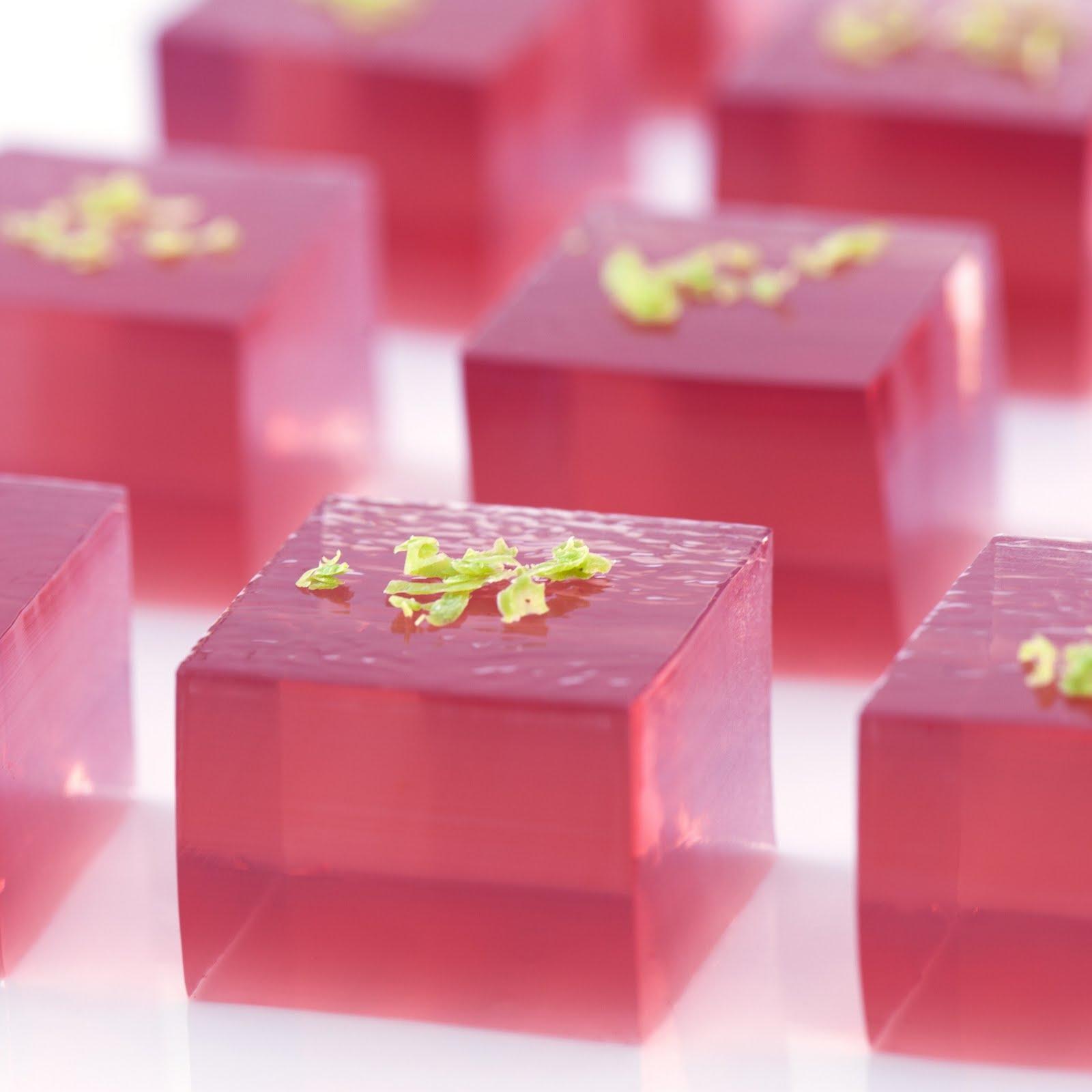 New Year's Eve: Cosmopolitan Jelly Shots - Announcingit Invitation ...