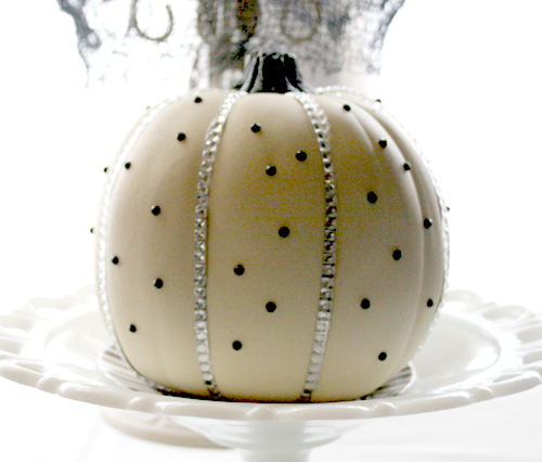 Halloween Painted Pumpkins:  Polka Dot Pumpkin