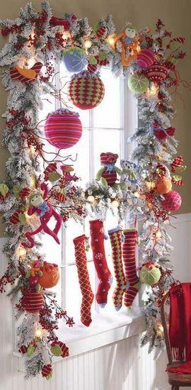 Holiday Window Decorating Idea